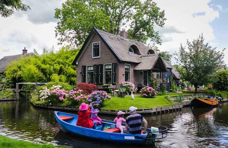 HOLLANDA'NIN MASAL KÖYÜ: GİETHOORN