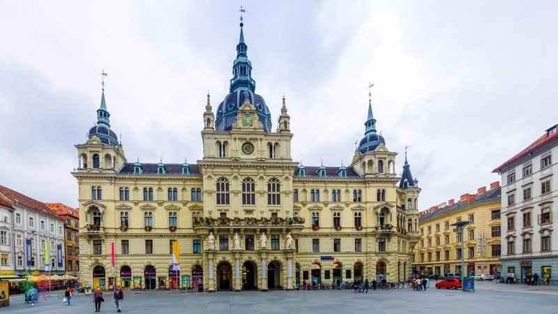 Graz Gezilecek Yerler, 2003 yılında Avrupa Kültür Başkenti Ödülü Sahibi Graz'ın En Güzel Mekanları ve Tarihi Yerleri 2019