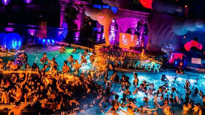 Budapeşte'de Gece Hayatı