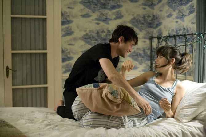 Sıcaklığı arttır!Eşinize erotik masaj yapmak için rehberlik
